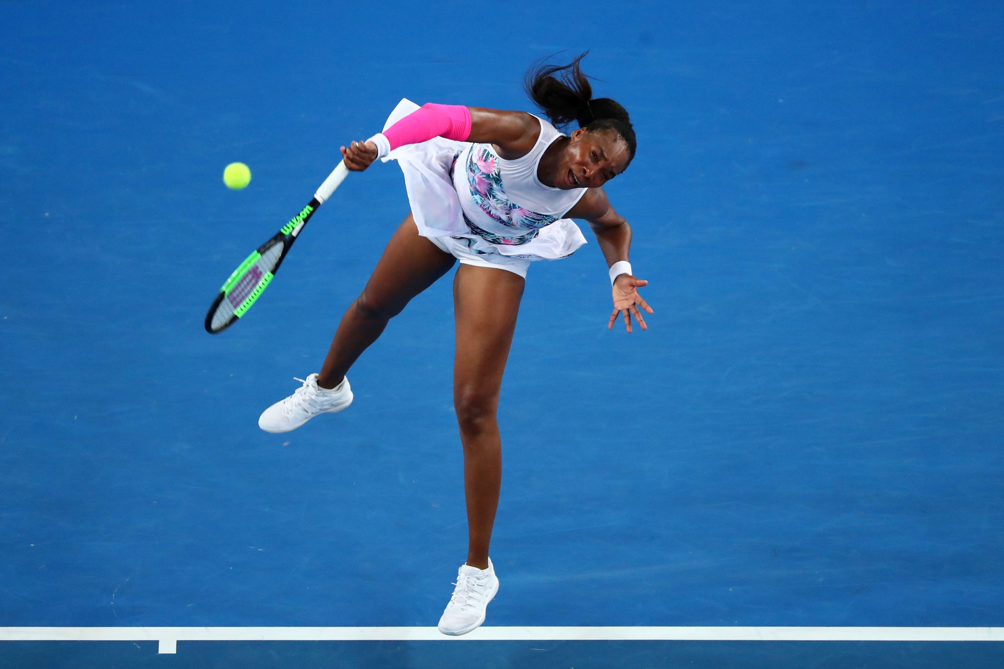 American Venus Williams was among the other winners in the women's singles draw ©Getty Images
