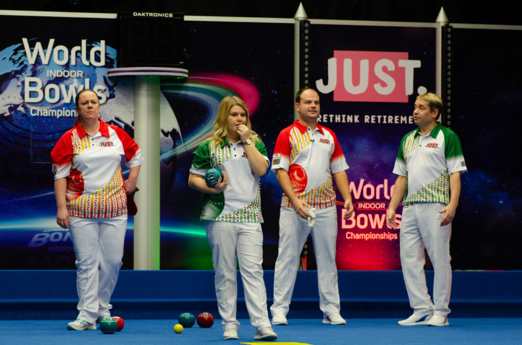 England's Jamie Chestney and Scotland's Lesley Doig begun their quest to retain the mixed pairs title at the World Indoor Bowls Championships by successfully coming through their quarter-final tie today ©World Bowls Tour