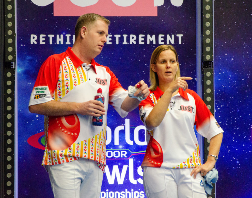 England's Robert Paxton and Ellen Falkner secured their place in the mixed pairs semi-finals ©World Bowls Tour