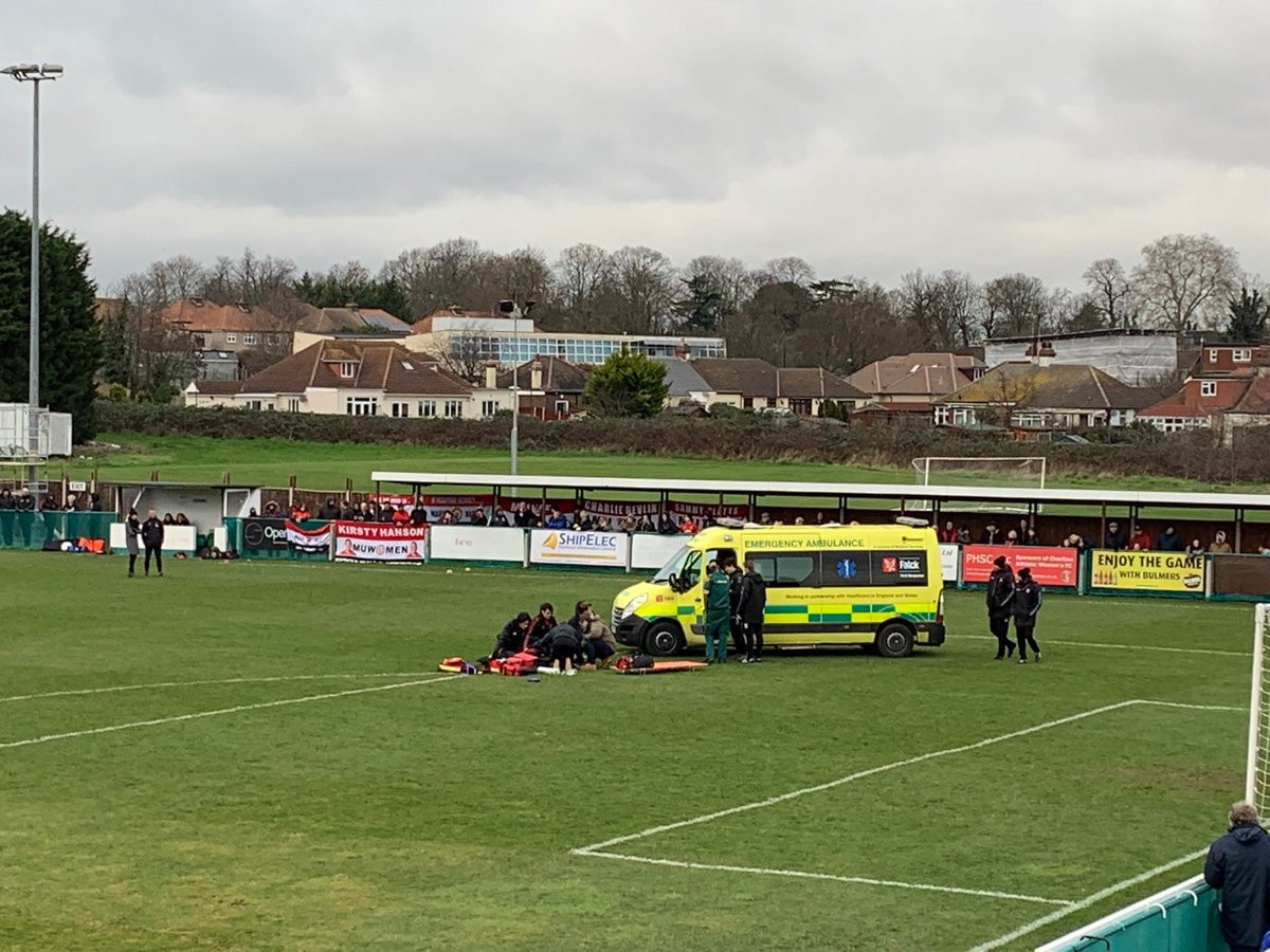 An FA Women's Championship fixture between Charlton and Manchester United was called off after the oxygen supply was used up treating injured Charlton defender Charlotte Kerr ©Twitter