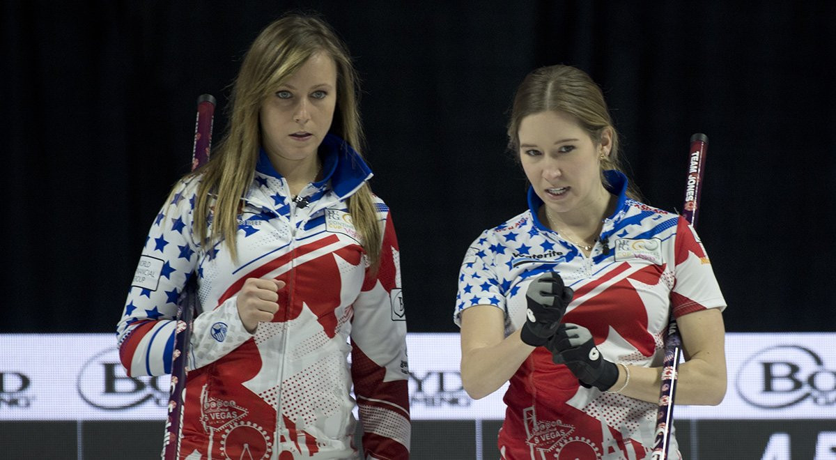 Canada's Rachel Homan skipped her team to victory against Team World in the mixed team scramble event at the Continental Cup of Curling ©Curling Canada
