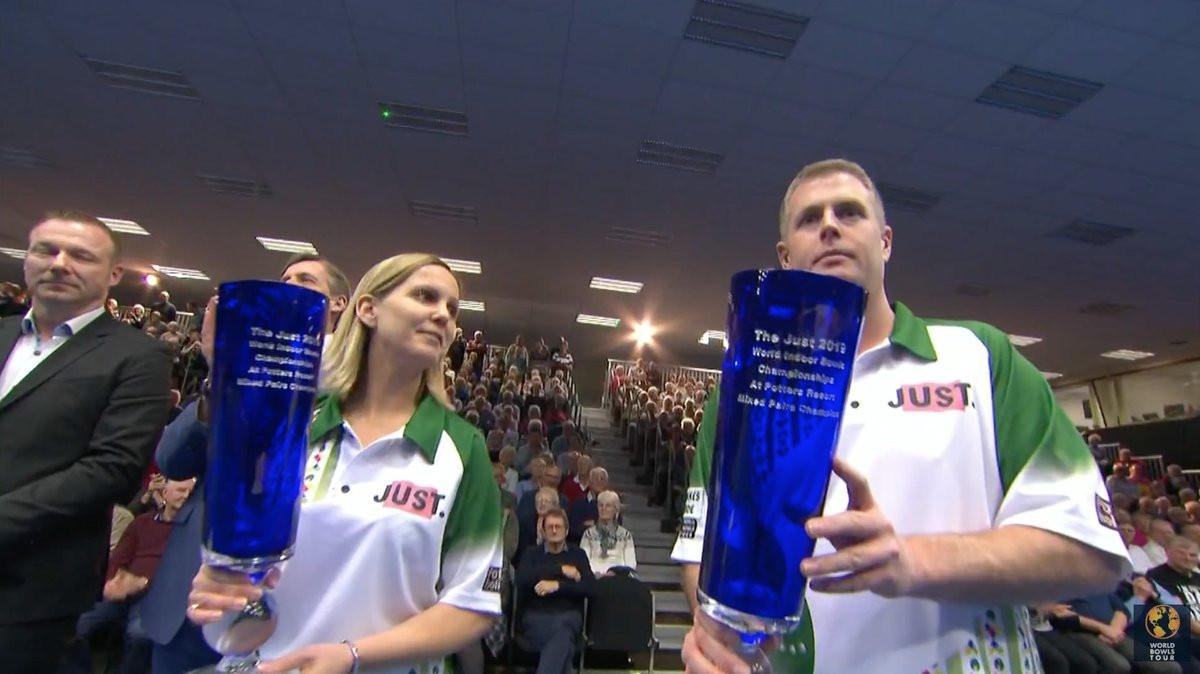 England's Paxton and Falkner clinch mixed pairs title at World Indoor Bowls Championships