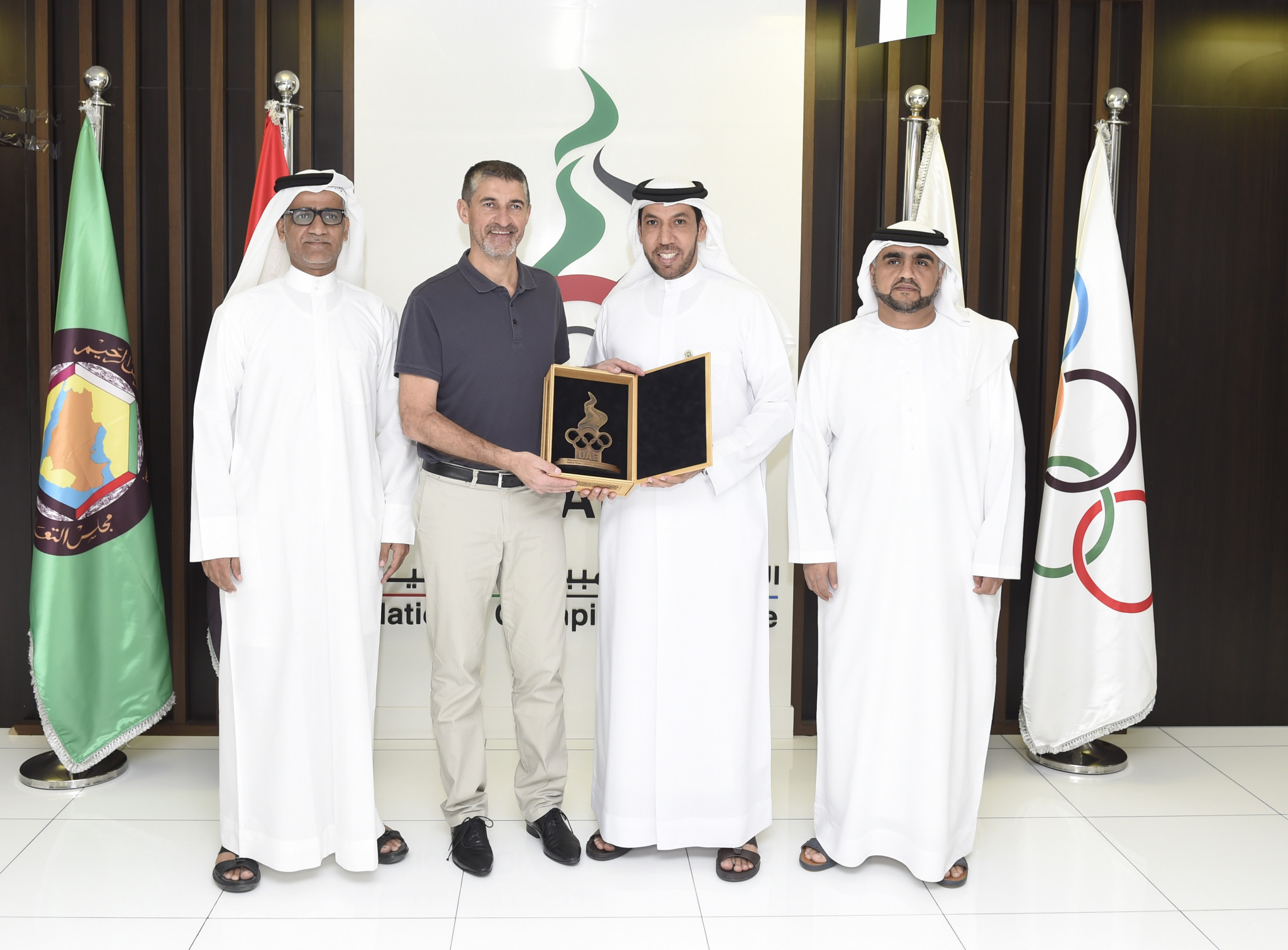 UAE NOC discuss cooperation with French Basketball Federation