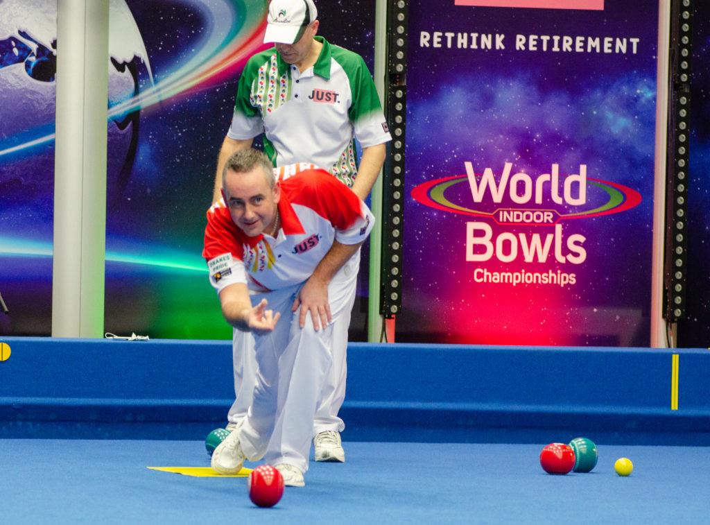 England's Simon Skelton beat Wales' Jason Greenslade to reach the quarter-finals of the men's singles event ©World Bowls Tour