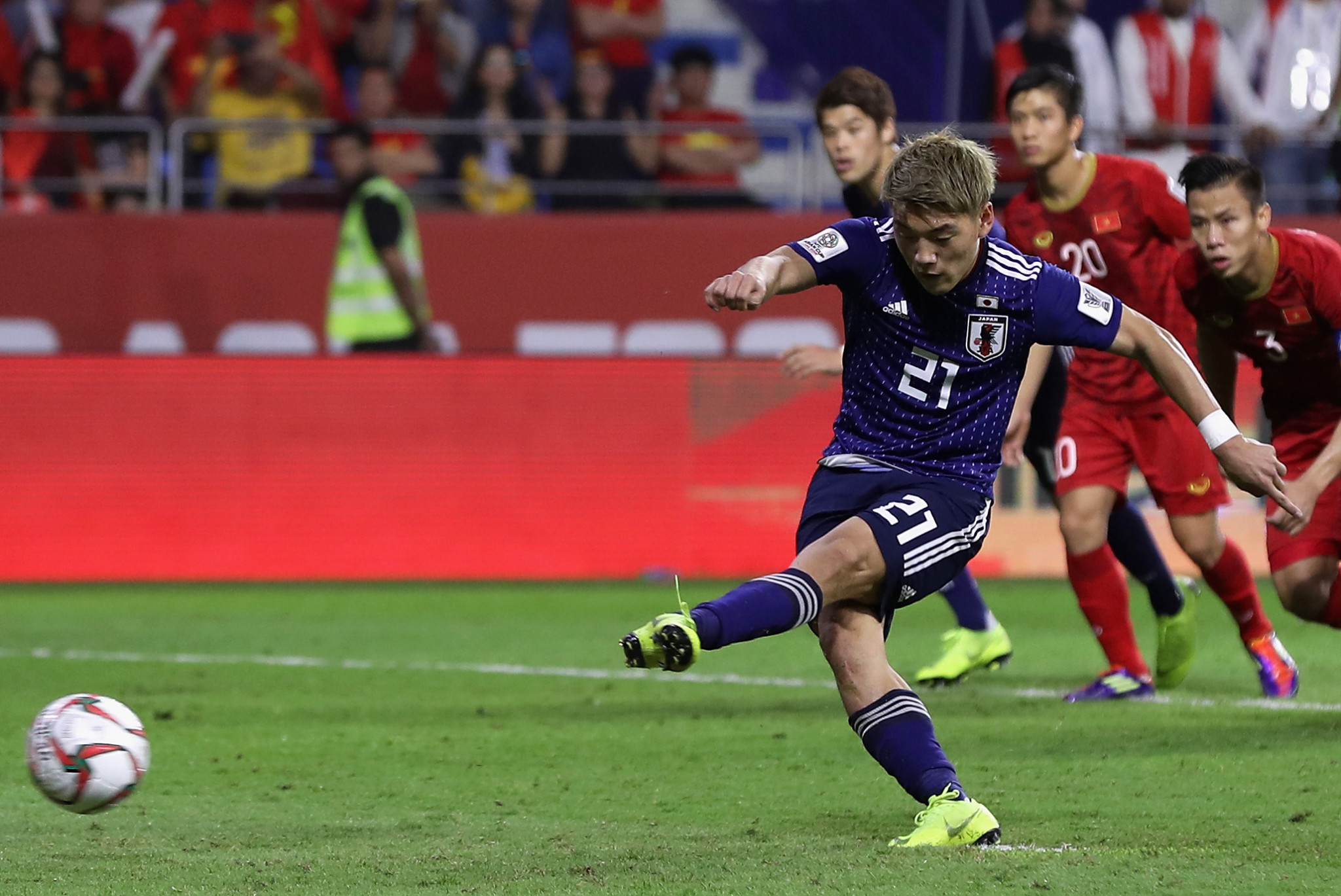 Ritsu Dōan's successfully-converted penalty was the difference between Japan and Vietnam ©Getty Images