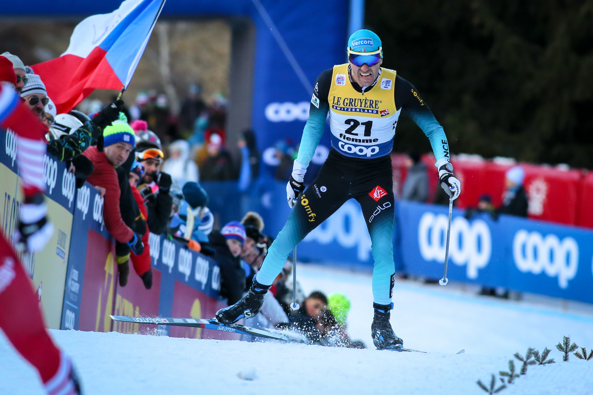 France's Maurice Manificat won the men's race in Ulricehamn to claim only his second medal of the season ©Getty Images