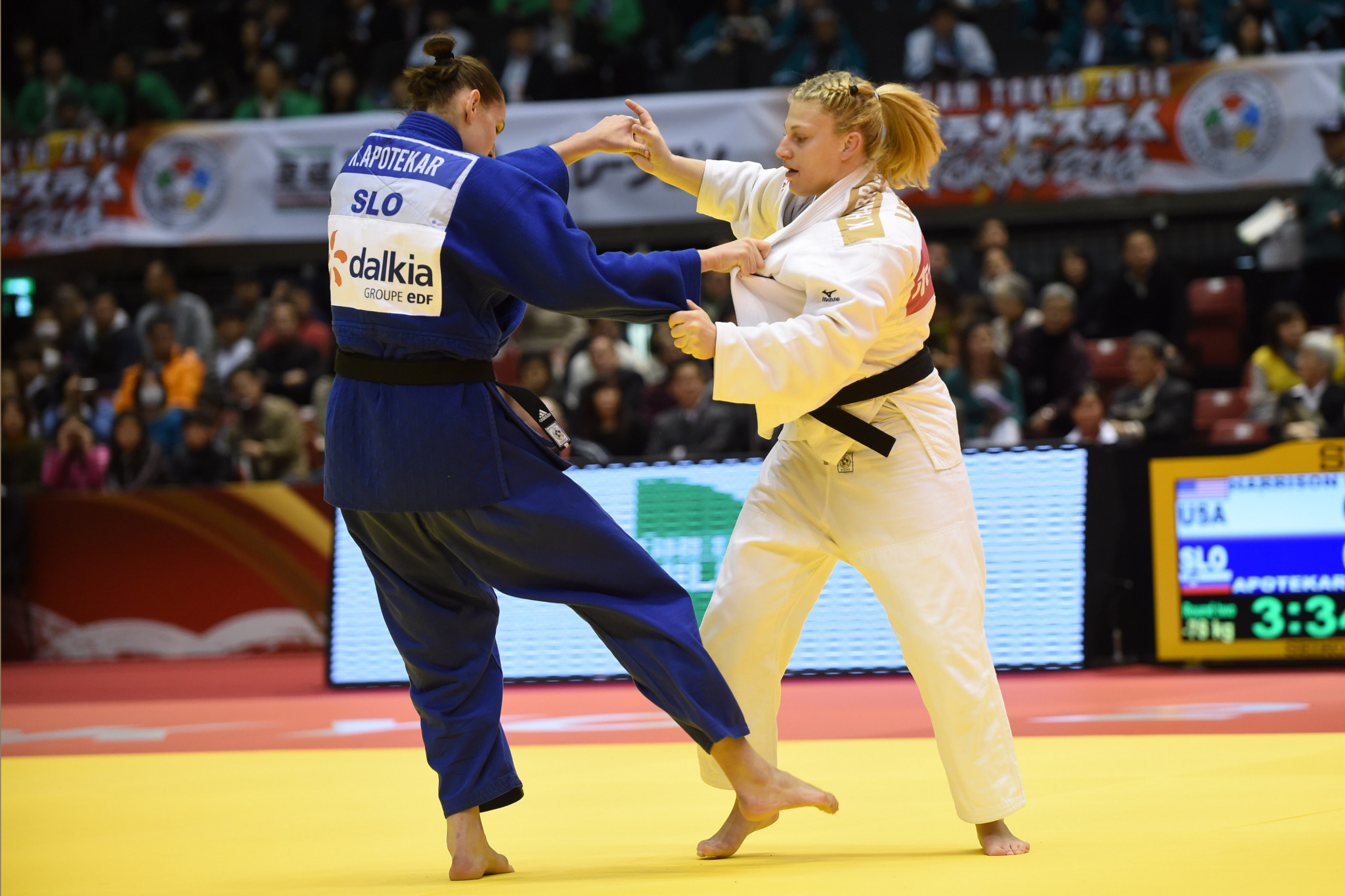 Klara Apotekar, in blue, won her first World Tour gold in the women's under 78kg final ©Getty Images