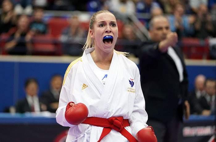 France's Gwendoline Philippe gave the home crowd watching the Karate-1 Premier League in Paris something to cheer, advancing into the women's kumite under-61kg final ©World Karate