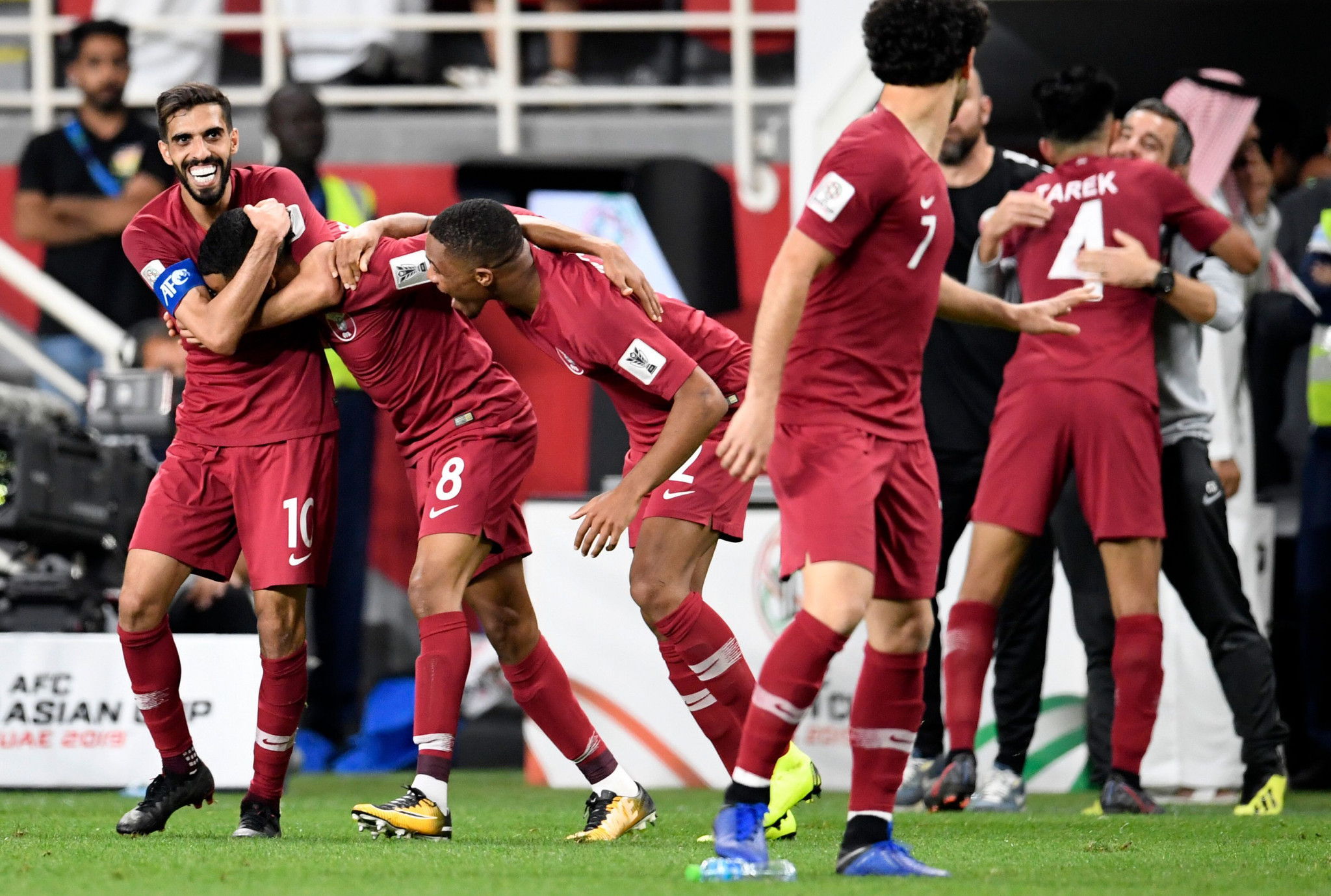 Qatar thrashed hosts United Arab Emirates 4-0 to book their place in the final of the Asian Football Confederation Asian Cup ©Getty Images