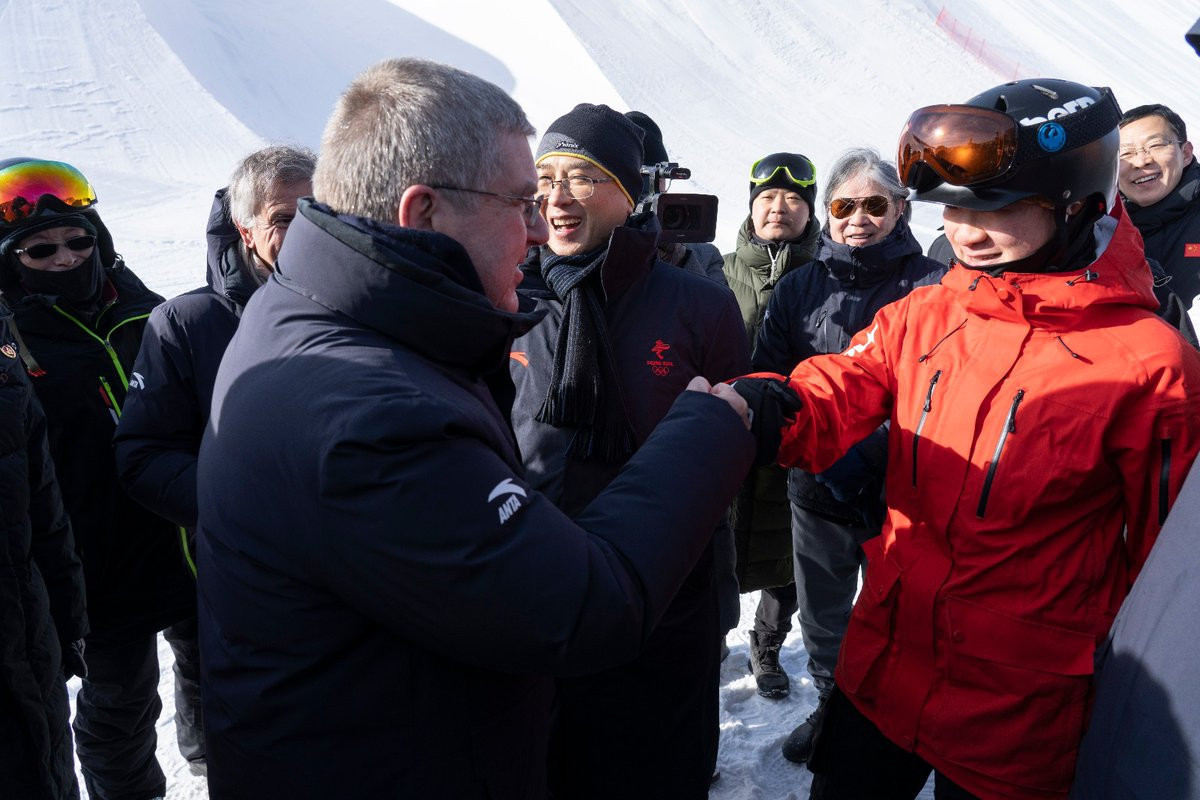 Thomas Bach praised the growing popularity of winter sport in China ©IOC