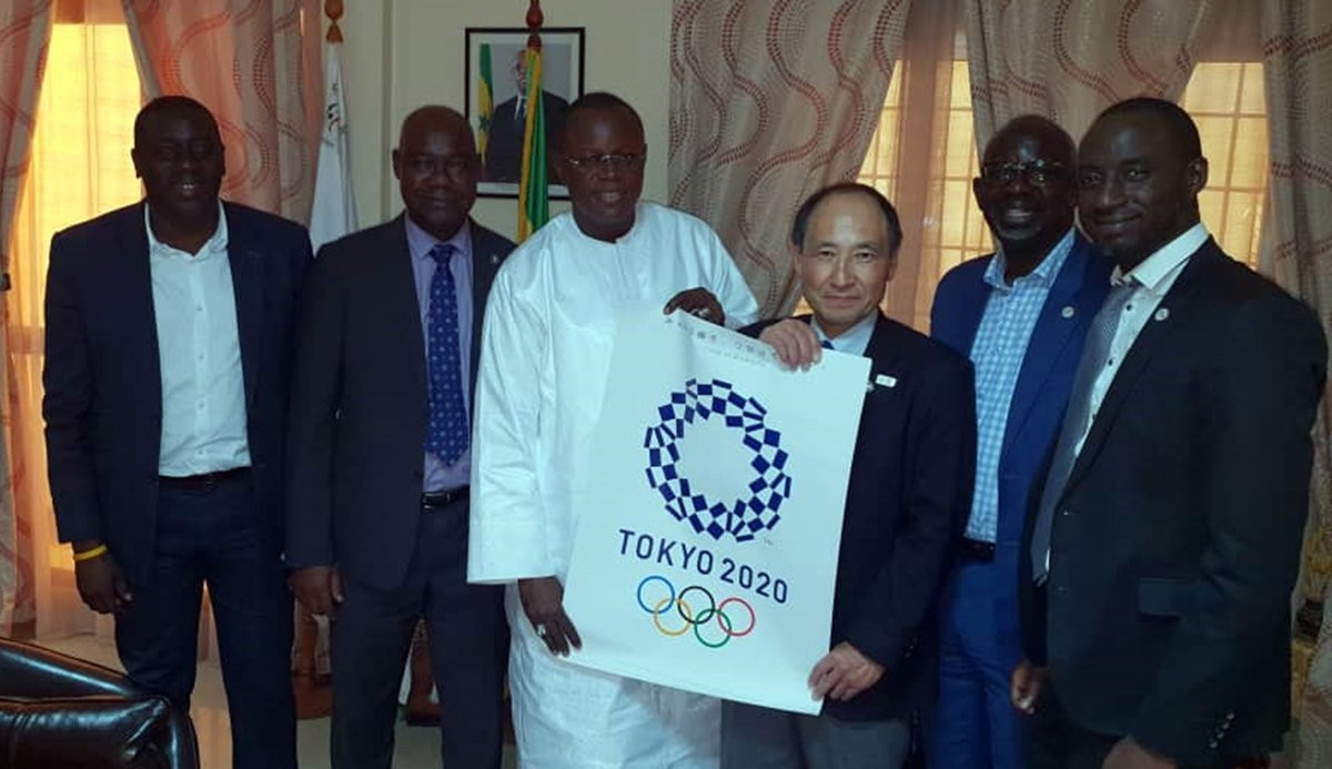 A number of WKF officials including general secretary Toshihisa Nagura visited Senegal to strengthen relations with the country ©WKF