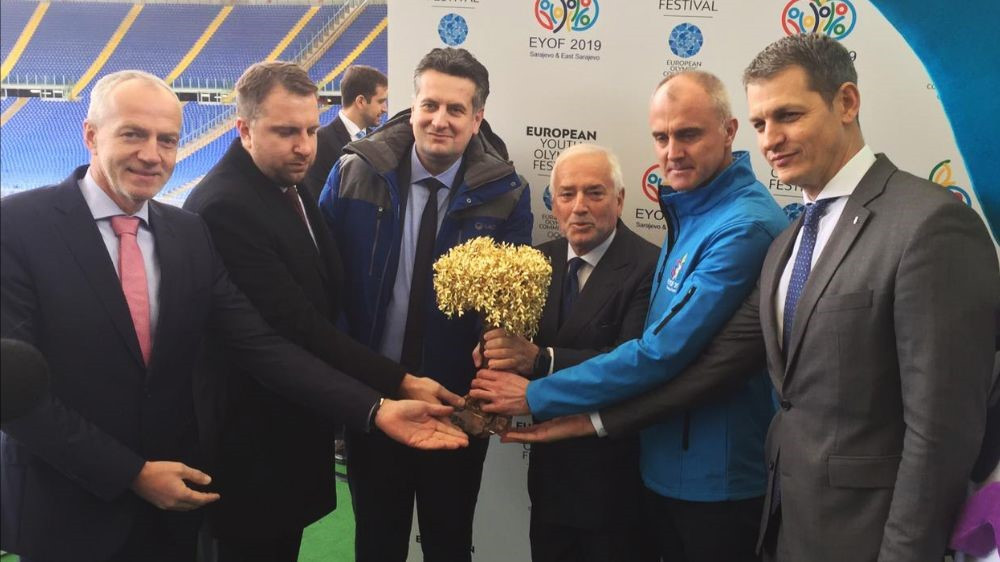 The flame for the 2019 Winter European Youth Olympic Festival has been lit at a ceremony in Rome ©EOC