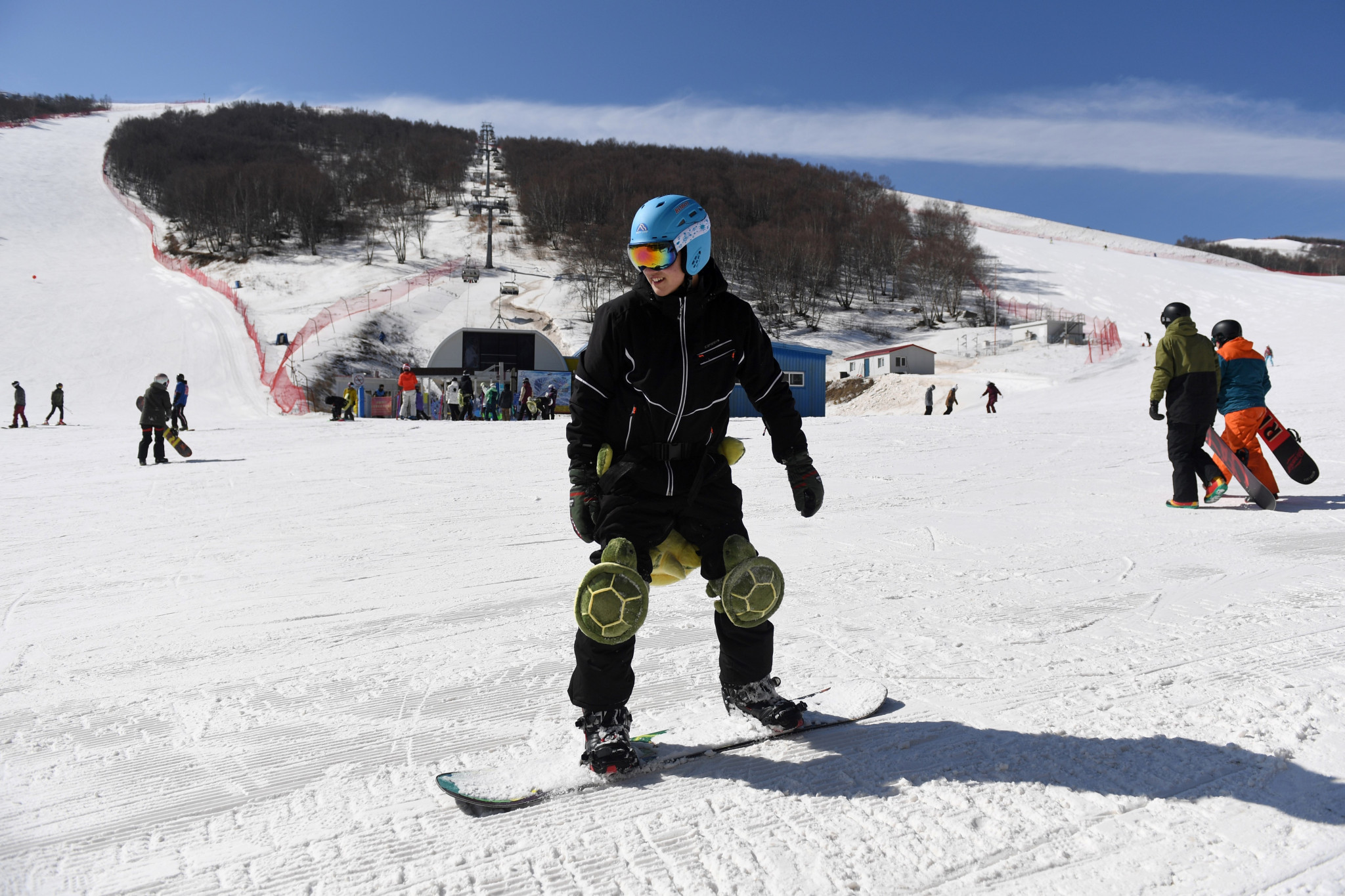 The Chinese Government are aiming to have 300 million snow sport enthusiasts by the Beijing 2022 Winter Games, with the Ecole Française de Ski ski academy in China hoping to contribute to this number ©Getty Images