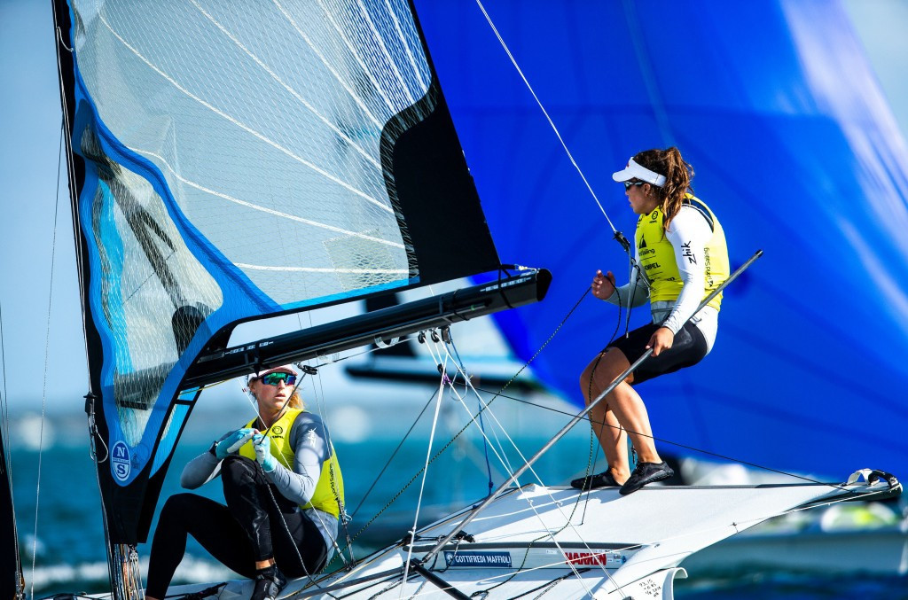 New Zealand's Alexandra Maloney and Molly Meech are leading the 49erFX event at the Sailing World Cup in Miami ©World Sailing/Sailing Energy