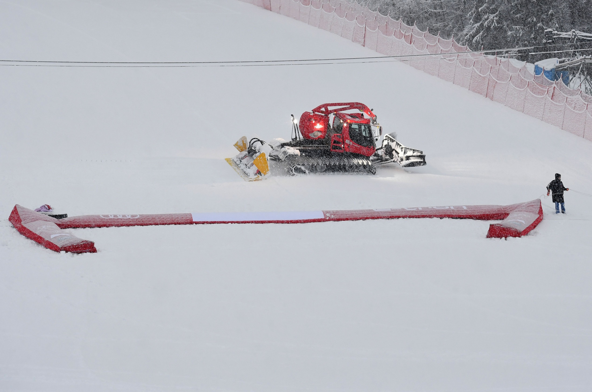 Organisers said the over 30 centimetres of snow fell on the top of the course in the German resort ©Getty Images