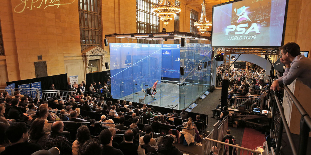 Squash has proven its adaptability and tournaments are held in several different venues ©PSA