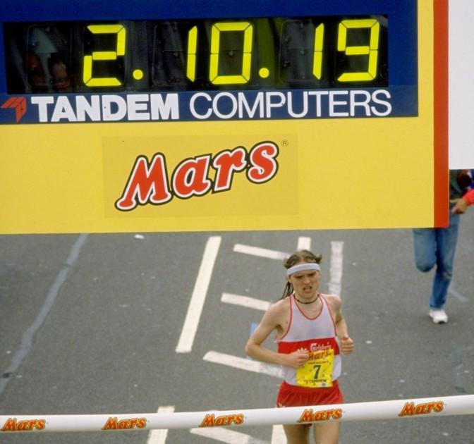 Henrik Jørgensen, whose death has been reported, pictured winning the 1988 London Marathon ©Getty Images