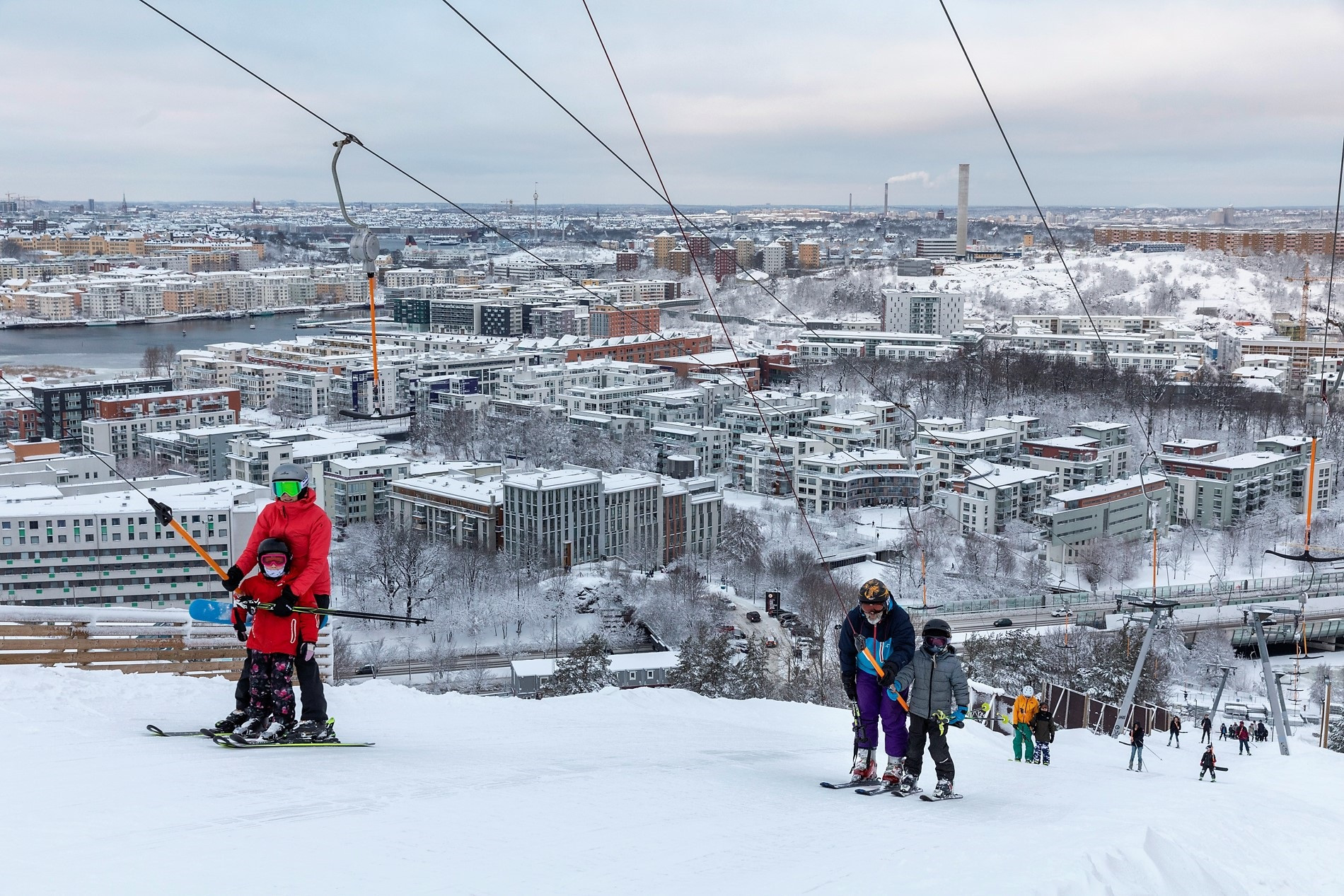 The ski lifts in Stockholm run from early morning until late evening ©Stockholm Åre 2026