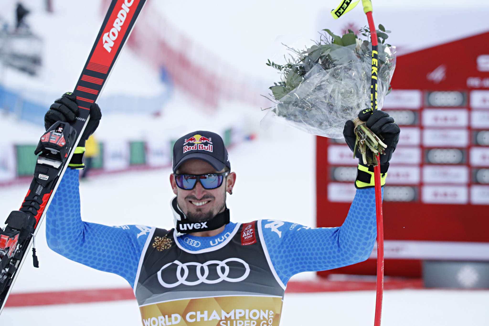 Paris wins world super-G gold amid poor visibility in Åre