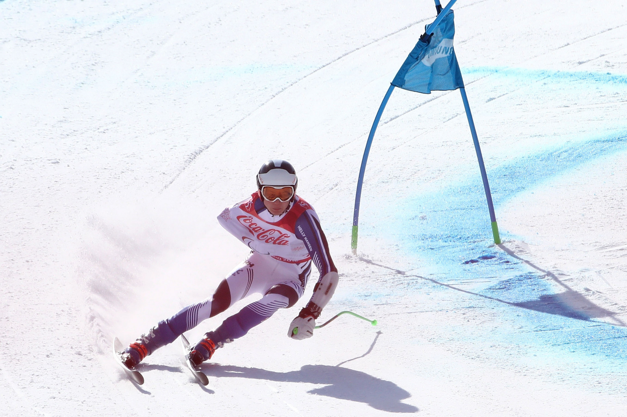 Home favourite Gmur claims men's standing gold at World Para Alpine Skiing World Cup in Veysonnaz