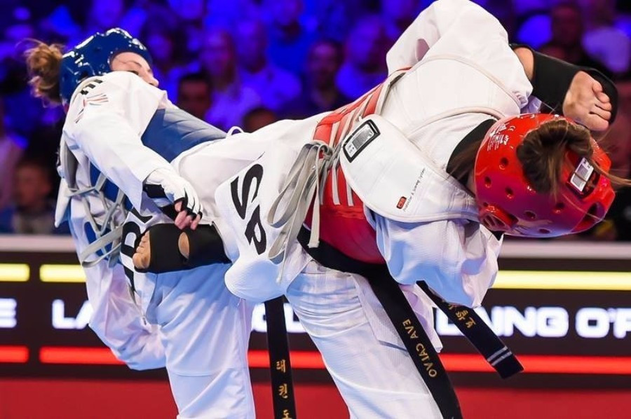 Jade Jones produced a flurry of devastating head-kicks to claim gold in Manchester ©WTF