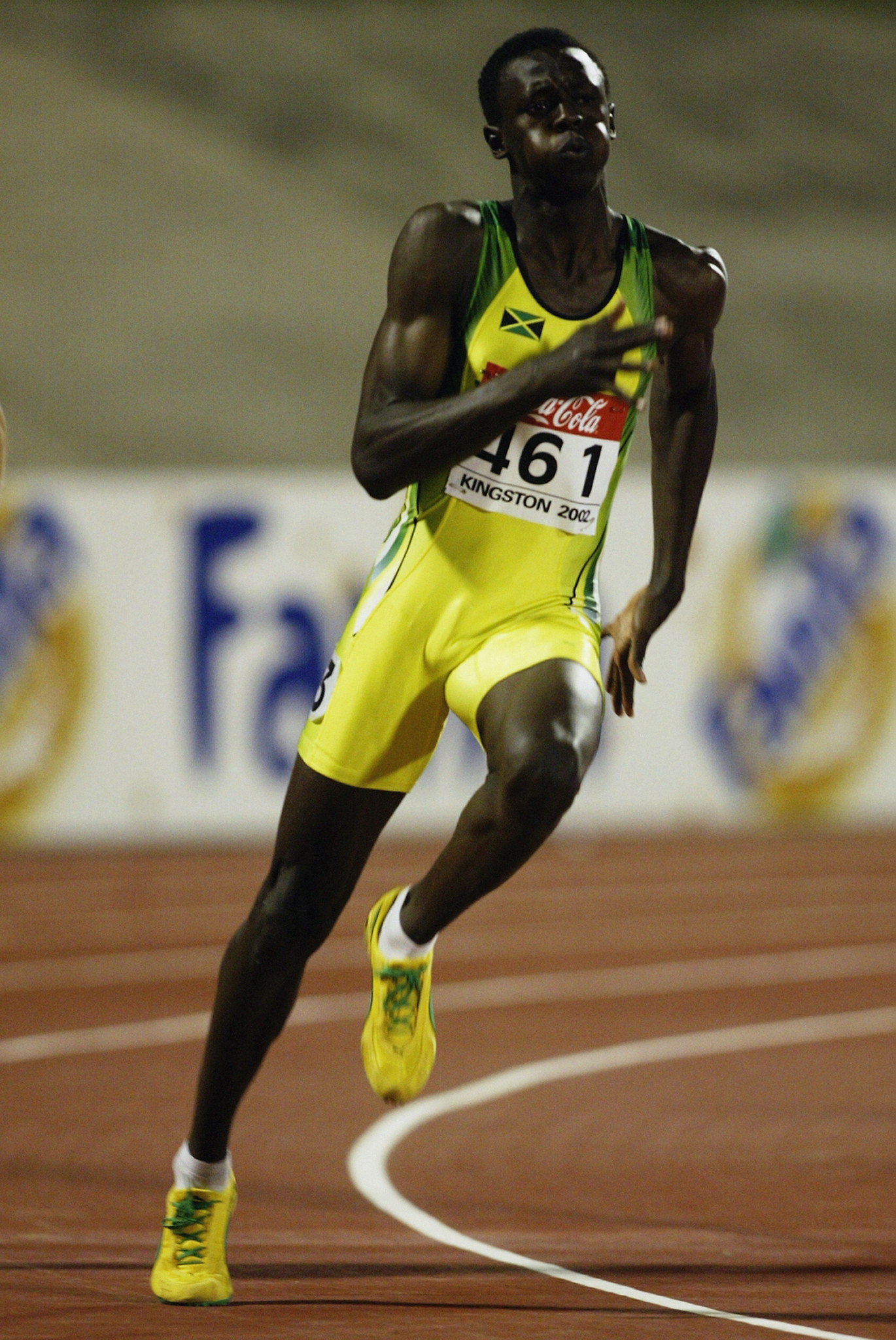 Jamaica's Usain Bolt en-route to the 2002 world junior 200m title in his home city of Kingston - at the age of 15 ©Getty Images