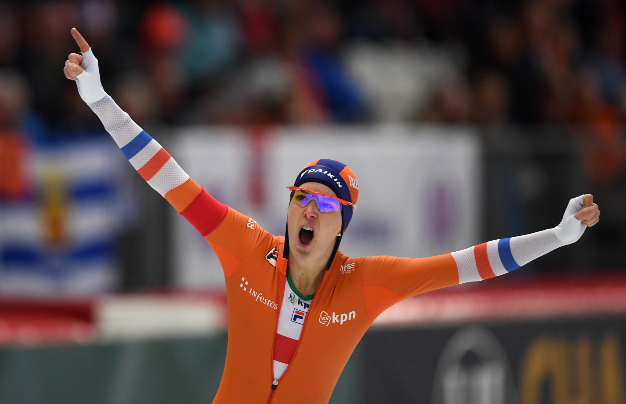 Wüst and Krol secure gold as Dutch dominate final day at ISU World Single Distances Speed Skating Championships