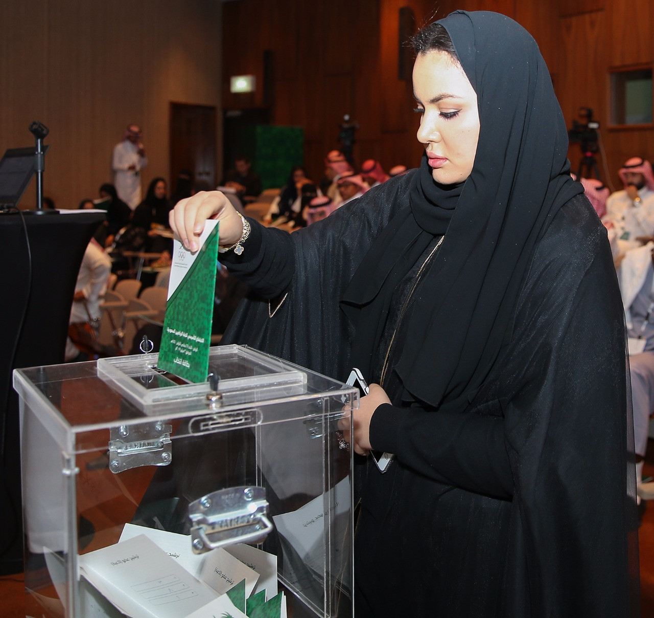 A vote is cast during the election ©SAOC