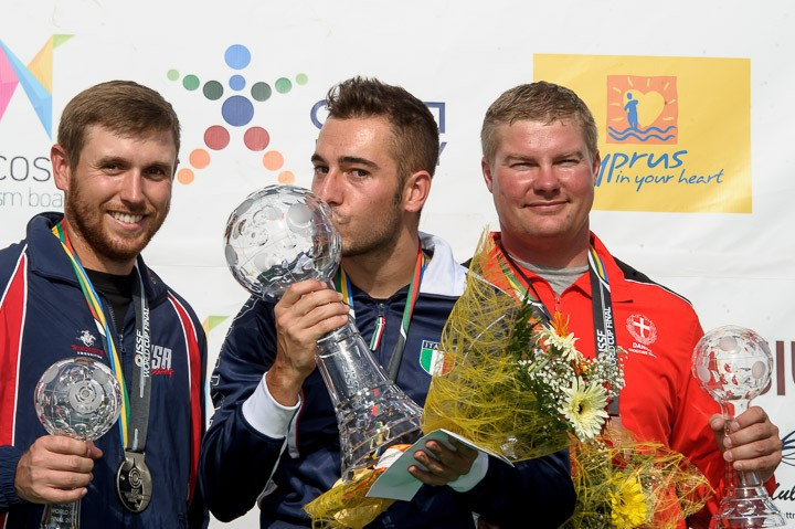Italy's Gabriele Rossetti hit every target during the men's skeet final to win gold ©ISSF