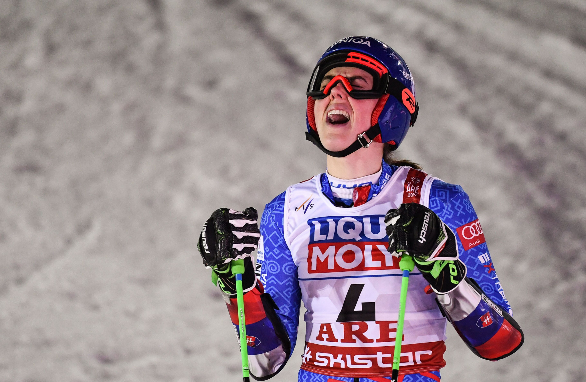 Amid warm, windy conditions Petra Vlhova won the women's giant slalom title in Åre to claim her first world gold ©Getty Images