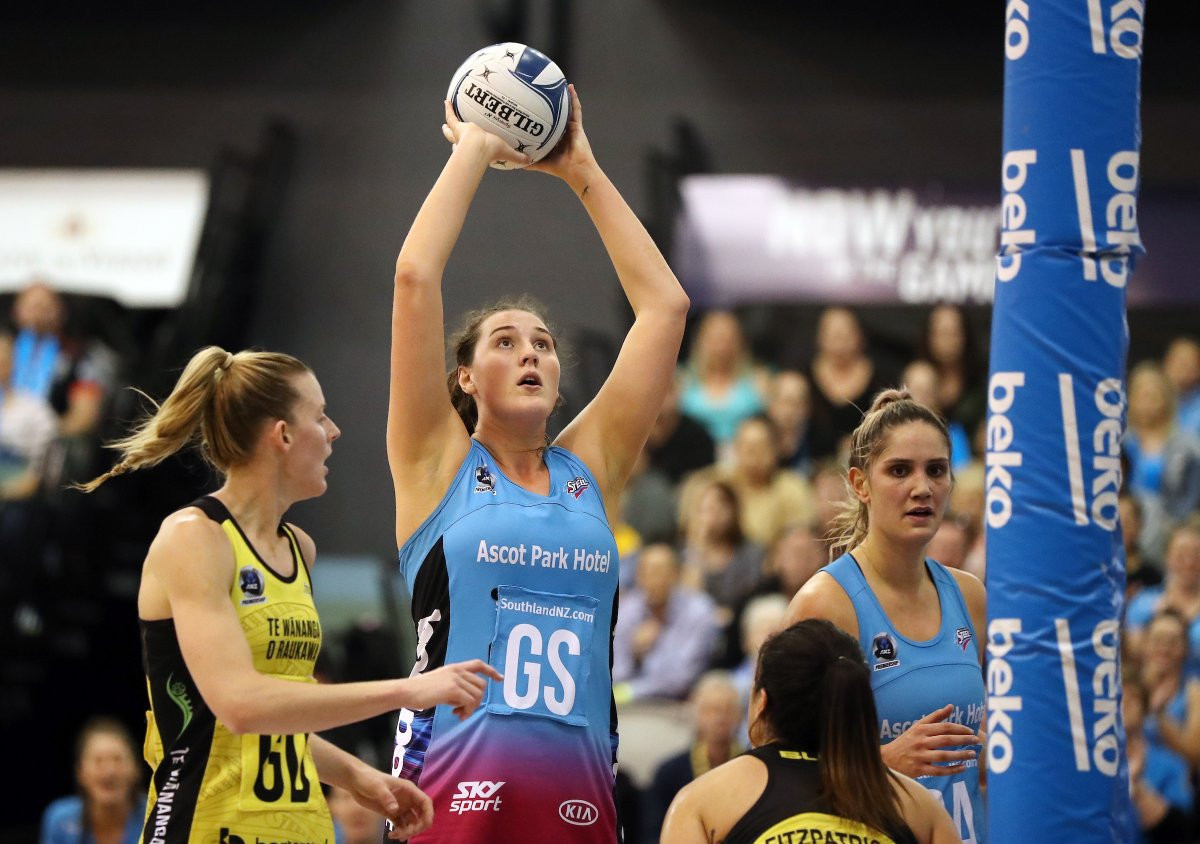 MediaWorks brand More FM will become the official radio station of the ANZ Premiership ©ANZ Premiership