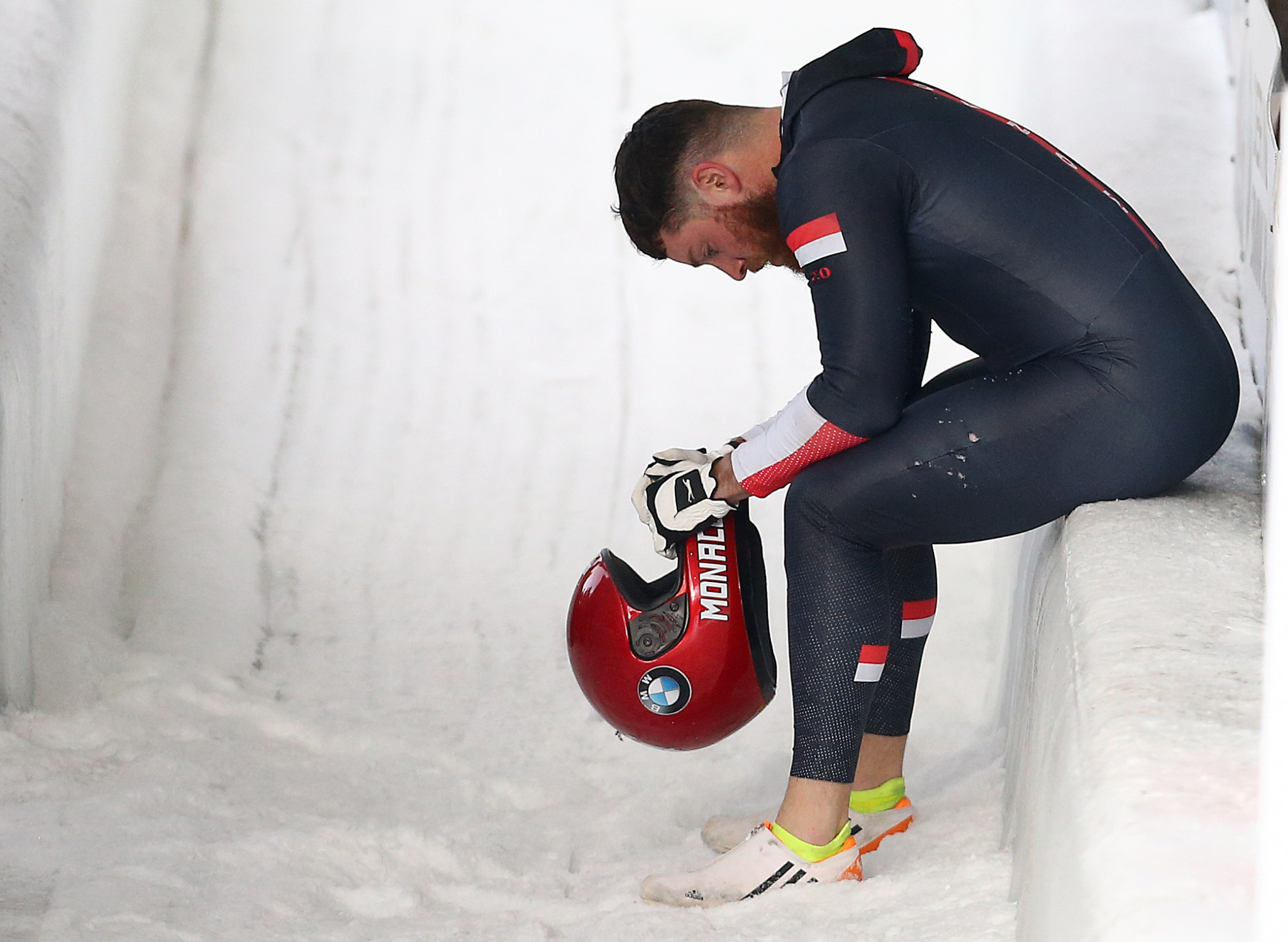 Monaco led at the halfway stage of the men's four-man bobsleigh but crashed on the second run ©Getty Images