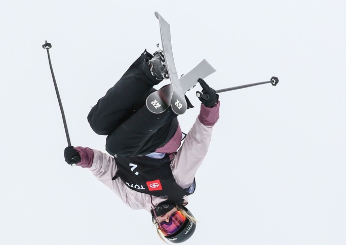 Sharpe secures first FIS Freeski halfpipe World Cup win of season in Calgary