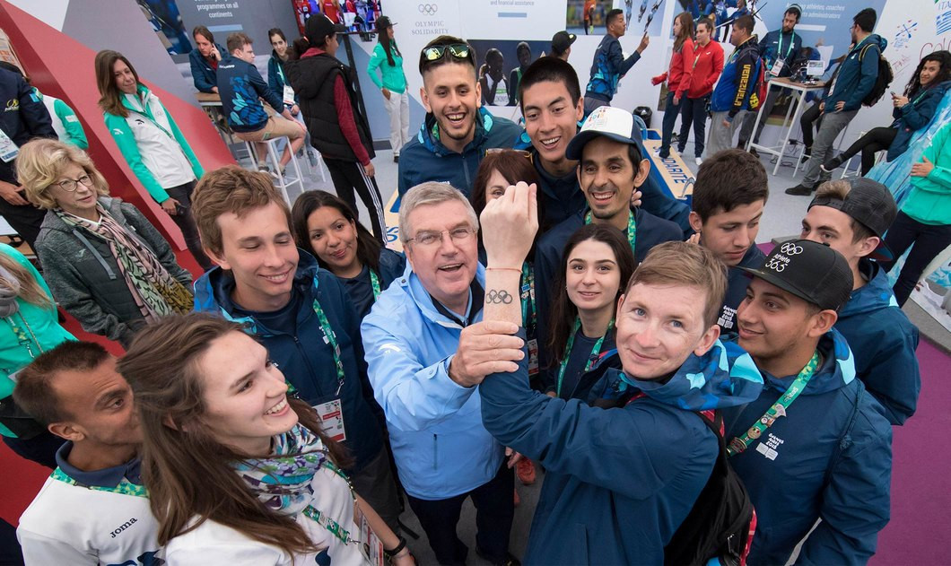Volunteers are considered to be an essential ingredient of any Olympic event ©IOC/Greg Martin