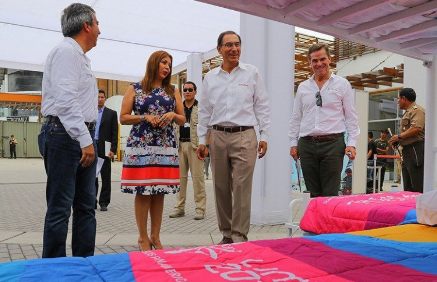 Peruvian President Martín Vizcarra Cornejo was was shown the facilities at the athletes village ©Lima 2019