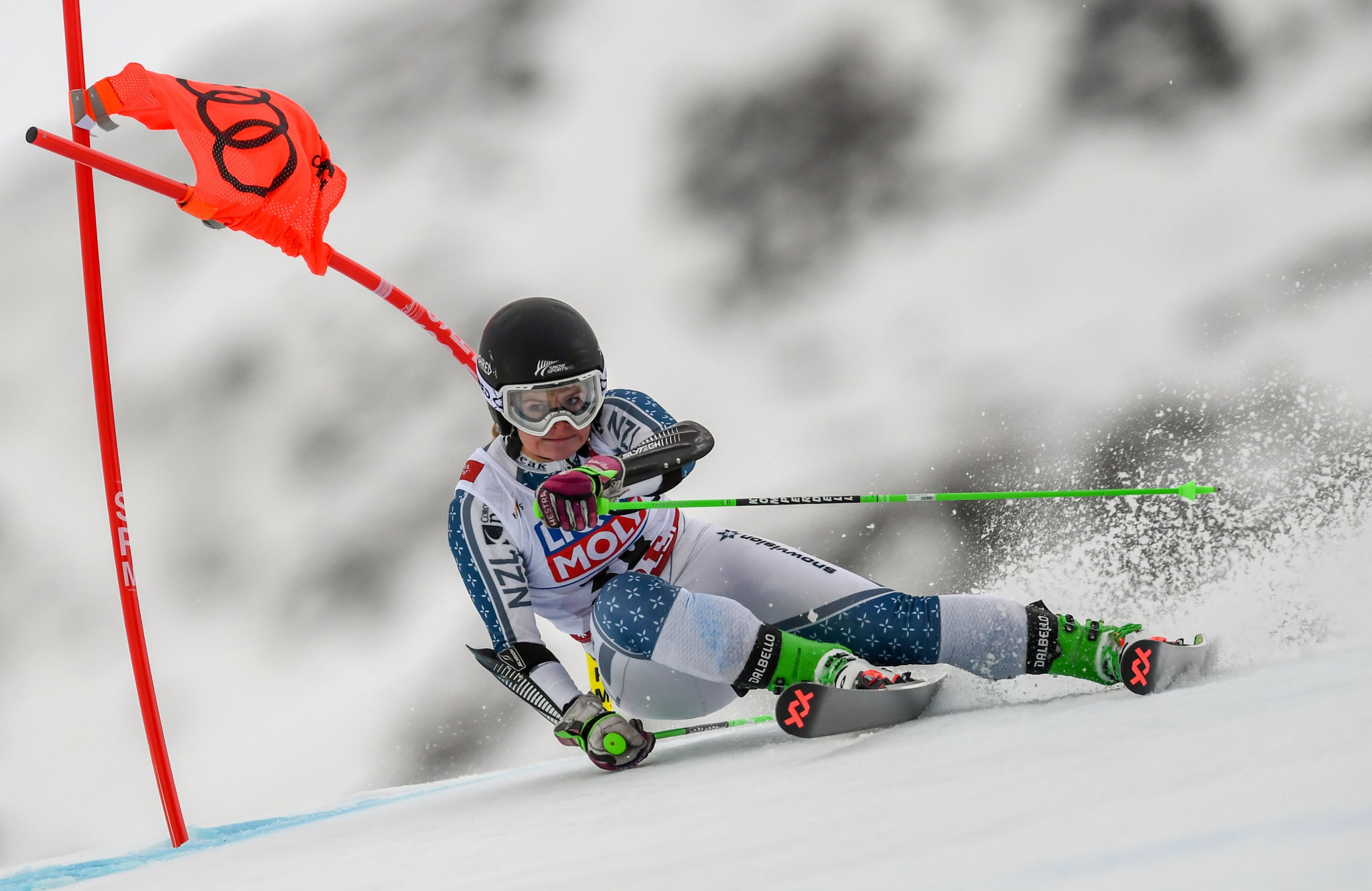 New Zealand's Alice Robinson dominated the giant slalom at he FIS World Junior Alpine Skiing Championships today to win the gold medal at the FIS World Junior Alpine Skiing Championships ©Getty Images