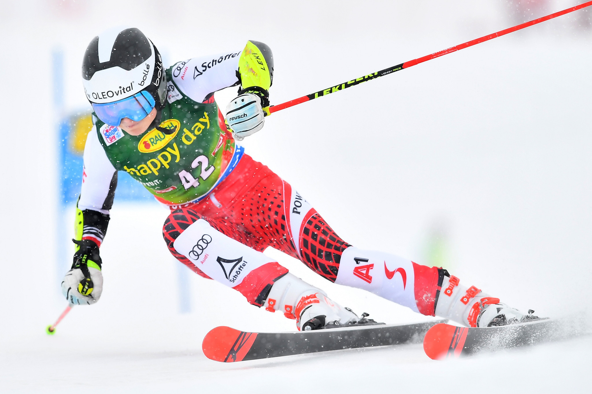 Austria's Julia Scheib won silver in the super-G just behind Hannah Saethereng ©Getty Images