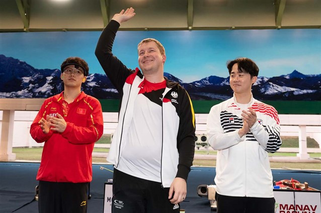 Reitz wins controversial 25m rapid fire pistol final in New Delhi as India-Pakistan tensions soar