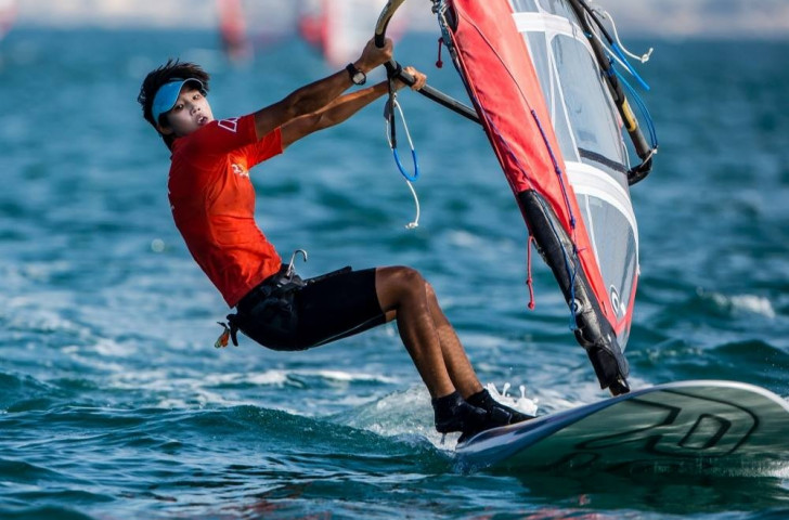 China's Peina Chen preserved her advantage in the women's fleet