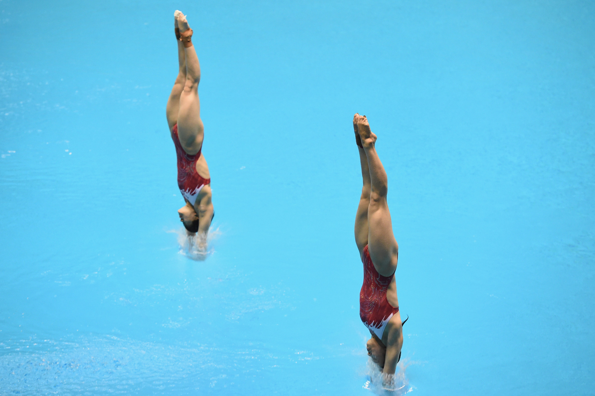 China's Shi Tingmao and Wang Han won the women's 3m synchronised event in Sagamihara ©Getty Images