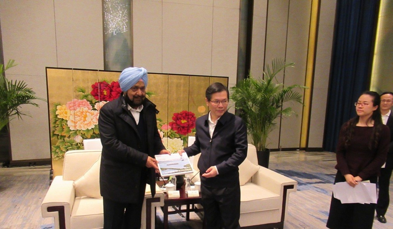 OCA honorary life vice-president Randhir Singh recently held talks with Hangzhou Mayor Xu Liyi about the possibility of cricket appearing on the programme for the 2022 Asian Games in the Chinese city ©OCA