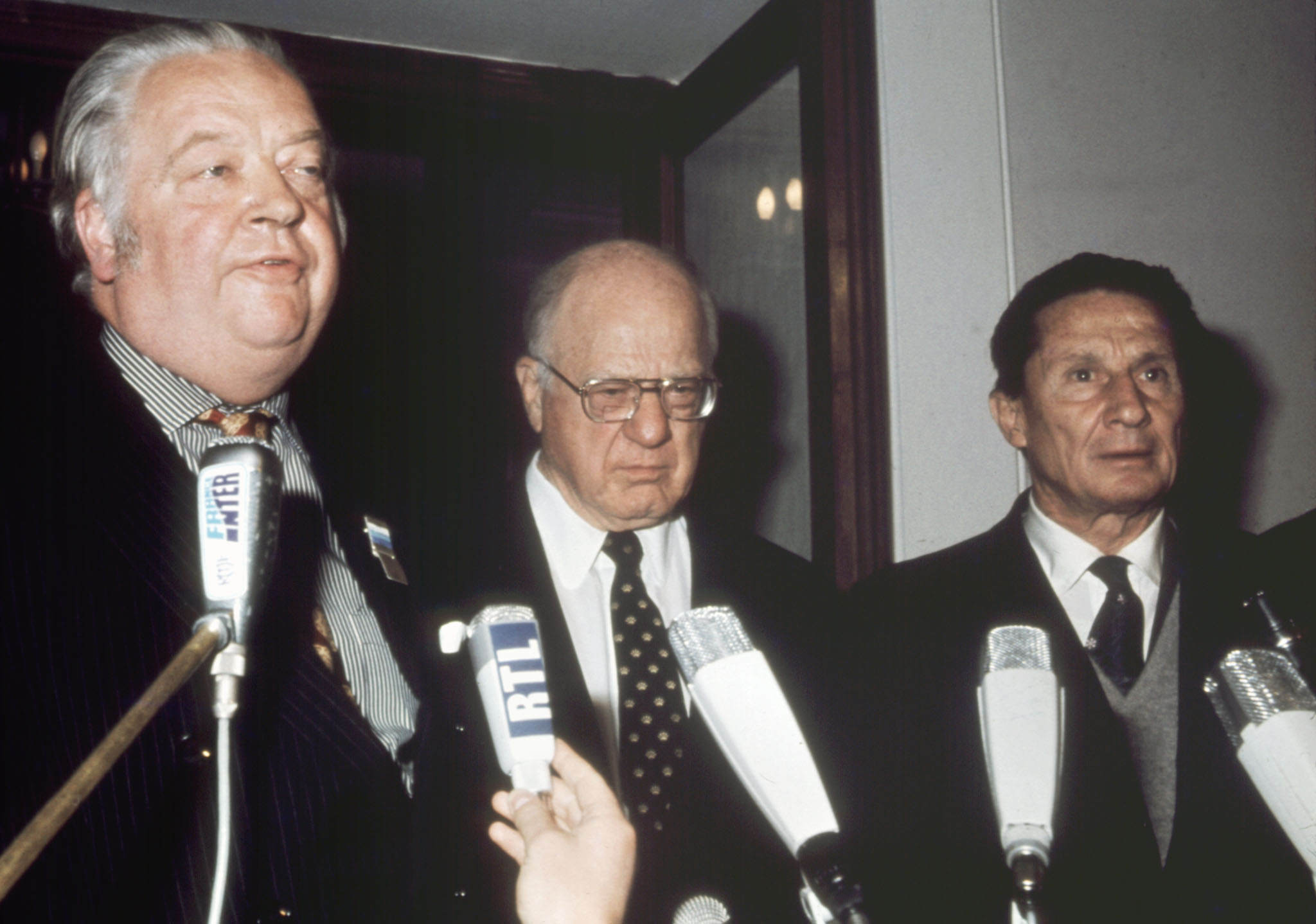 Avery Brundage, centre, said a country cannot be barred because it is Nazi, fascist, communist or apartheid ©Getty Images