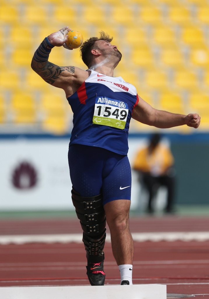 Aled Davies defended his men's F42 shot put title as competition got underway in Doha ©Getty Images