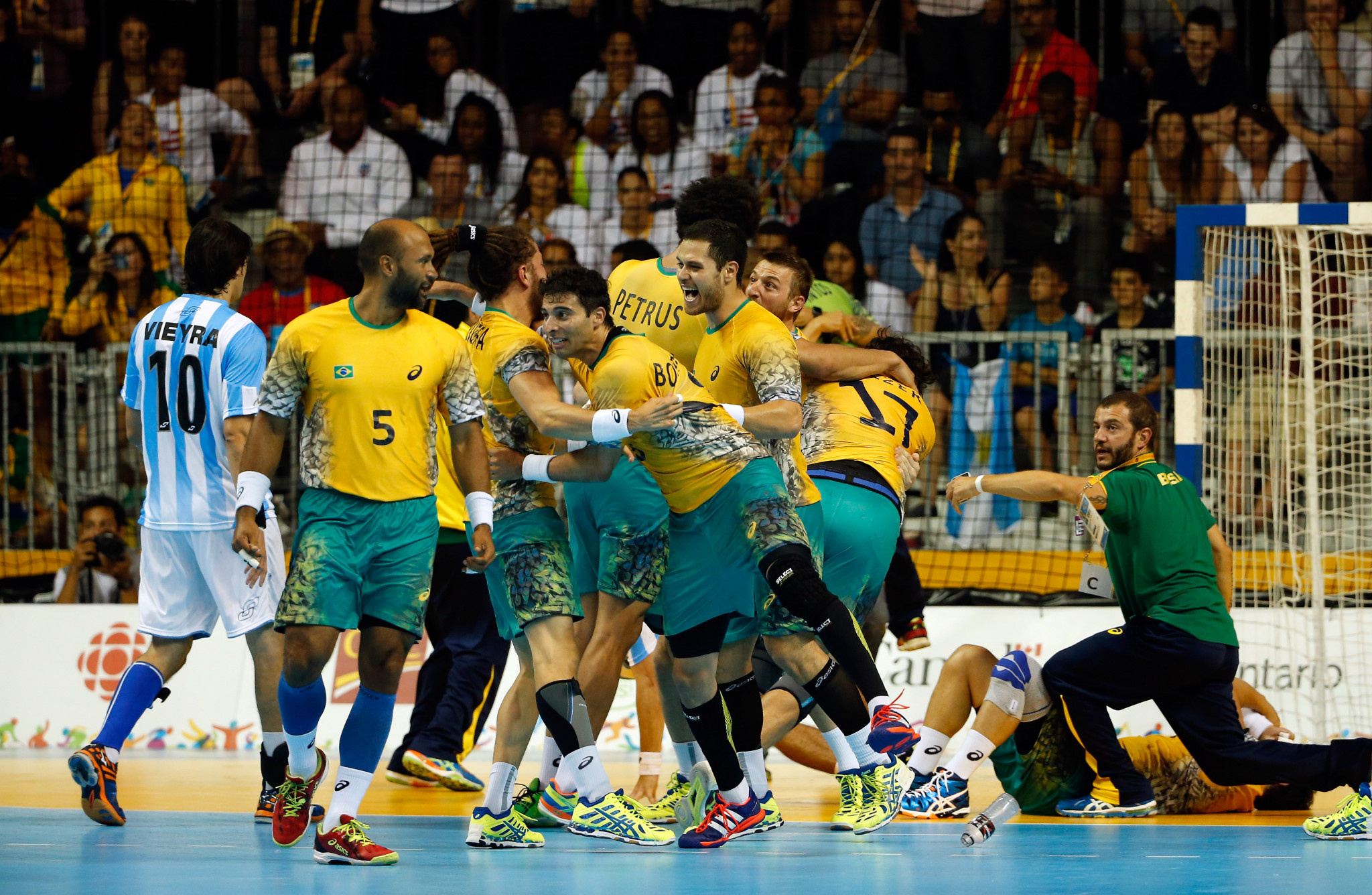 Brazil won both the men's and women's handball titles at the Toronto 2015 Pan American Games ©Getty Images