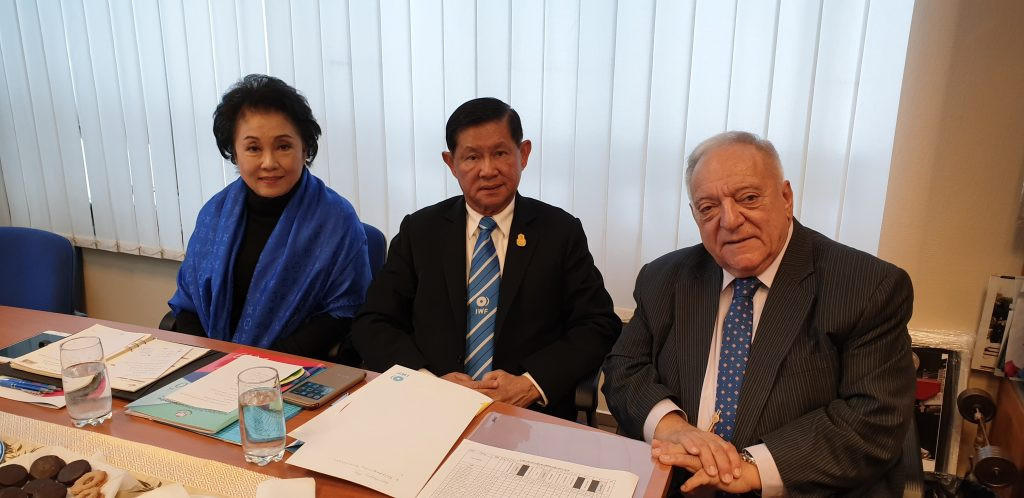 Thailand self-suspended themselves after a meeting between IWF President Tamas Aján, right, and their President Boossaba Yodbangtoe, left, and Major General Intarat Yodbangtoey, centre, its Honorary President ©IWF