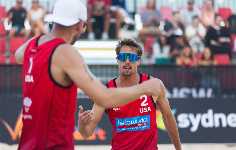 Top seeded pair Taylor Crabb and Jacob Gibb of the United States are progressing steadily at the FIVB Beach Volleyball World Tour event in Sydney ©FIVB