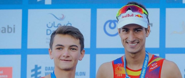 Mola holds off British debutant Yee to earn third ITU World Triathlon Series win in Abu Dhabi