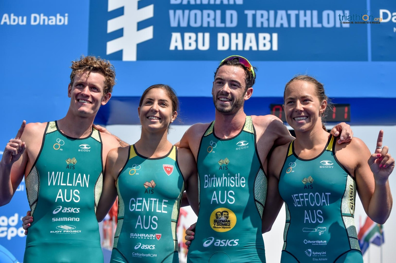 Birtwhistle brings World Triathlon Series mixed relay gold home for Australia in Abu Dhabi