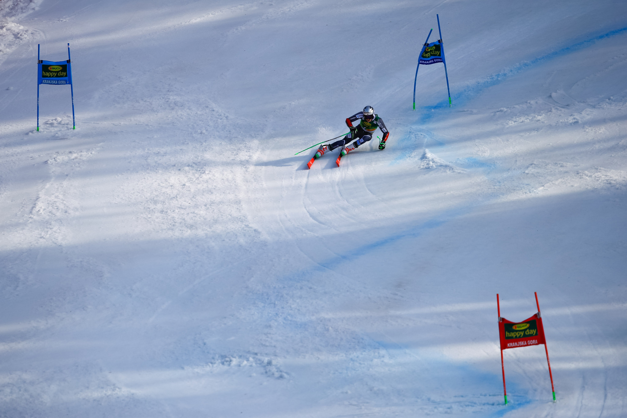 Newly-crowned world champion Henrik Kristoffersen of Norway maintained his recent dominance of the men's giant slalom event with his second consecutive victory in the discipline ©Getty Images