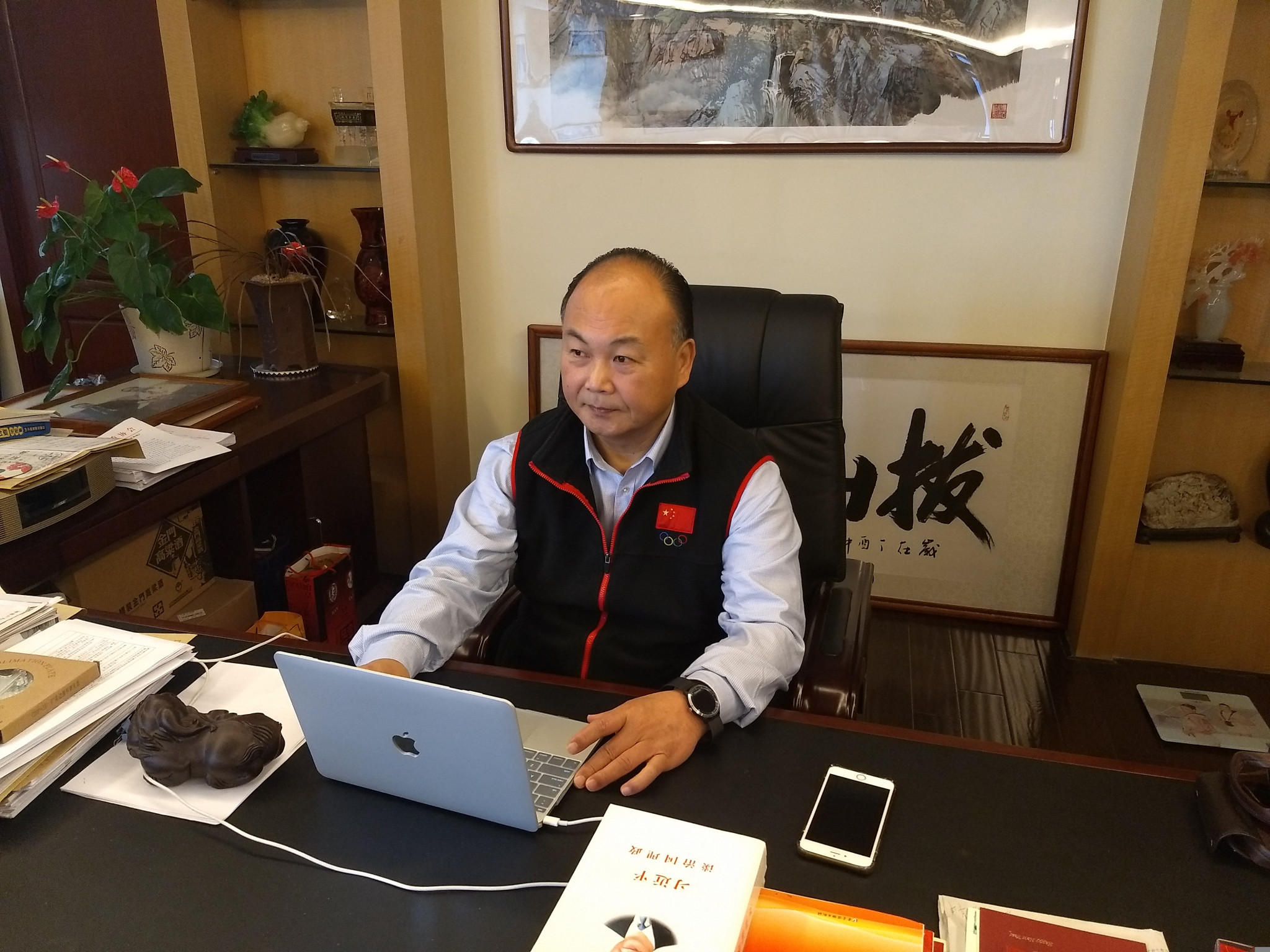 Chen Wenbin in his director's office at the IWF Fuzhou Training Centre ©CWF